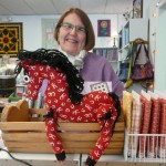 "Quarter Horse - ""Daisy"" made by Cynthia Griffin from"" one fat quarter (thus the name :-) and jointed with yarn ""Sensation"" and buttons..   Soooo cute!"